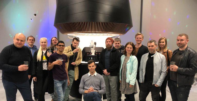 Yanu, Robolan, Alan Adojaan, Roboter, bar, Barkeeper, Robotics, Estland, Startup