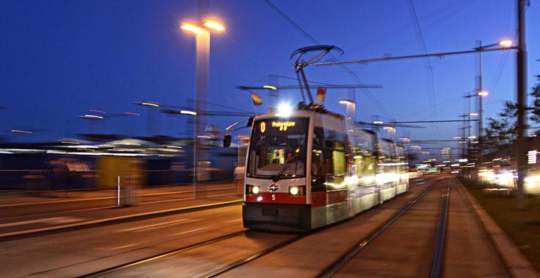 Wer mit den Wiener Linien fährt, der soll mit einem Kultur-Token belohnt werden.