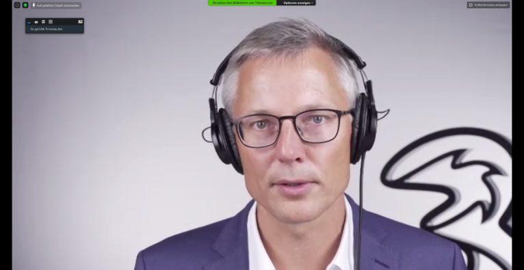 Jan Trionow, CEO von Drei Austria, auf der virtuellen Pressekonferenz.