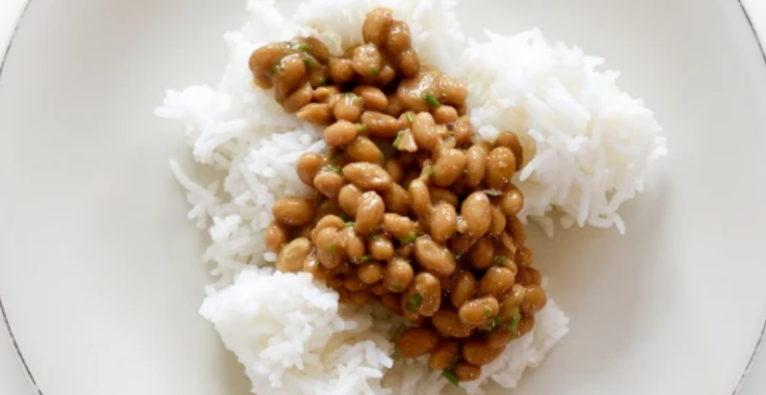 Farmento (Fairmento): Natto auf Reis