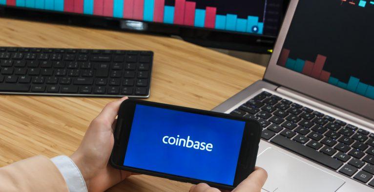 Die Coinbase-Aktie ist an der Nasdaq gestartet.