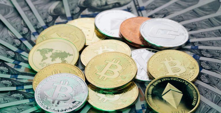 Der Krypto-Markt hat die Schwelle von 2 Bio. Dollar überschritten.