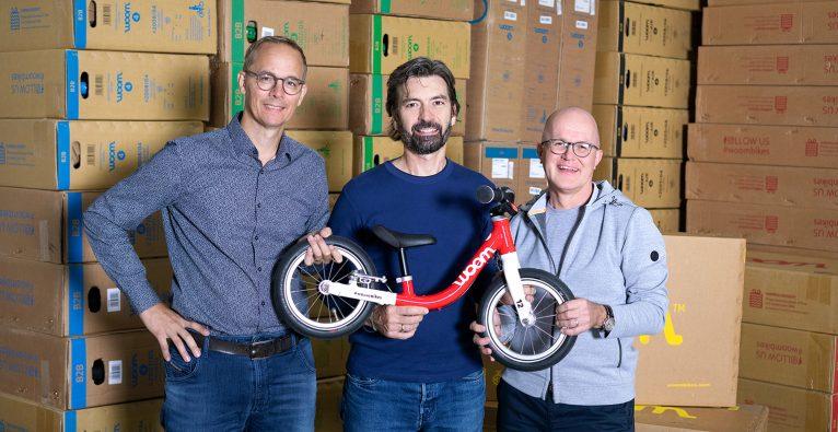 Woom-Gründer Christian Bezdeka und Markus Ihlenfeld mit Co-Geschäftsführer Guido Dohm © Woom