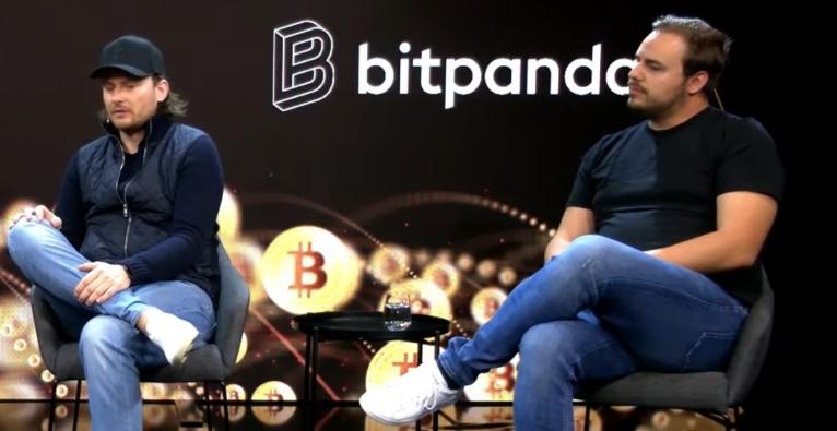 die Bitpanda-CEOs Eric Demuth und Paul Klanschek im Brutkasten-Studio