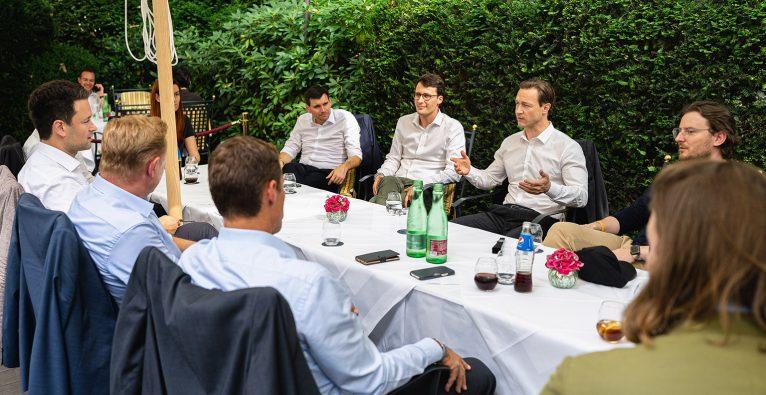 Finanzminister Gernot Blümel, Startups
