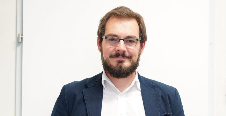 Stefan Kampusch ist Co-Founder und CEO des Wiener Startups SzeleSTIM, das das Gerät Vivo entwickelt © SzeleSTIM