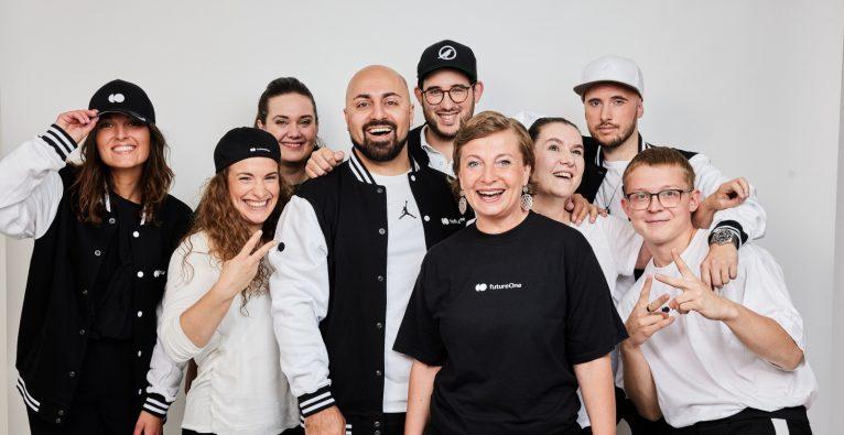 Das FutureOne-Team rund um Ali Mahlodji