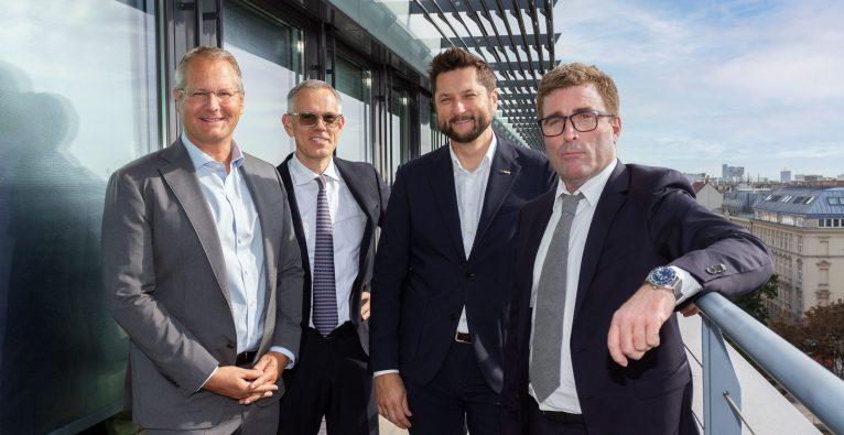 V. l. n. r.: Gerald Reitmayr, techbold Vorstand; Christoph Hüpfel, Semizen Gründer und Geschäftsführer; Damian Izdebski, techbold Gründer und CEO; Florian Wolf, Semizen Gründer und Geschäftsführer